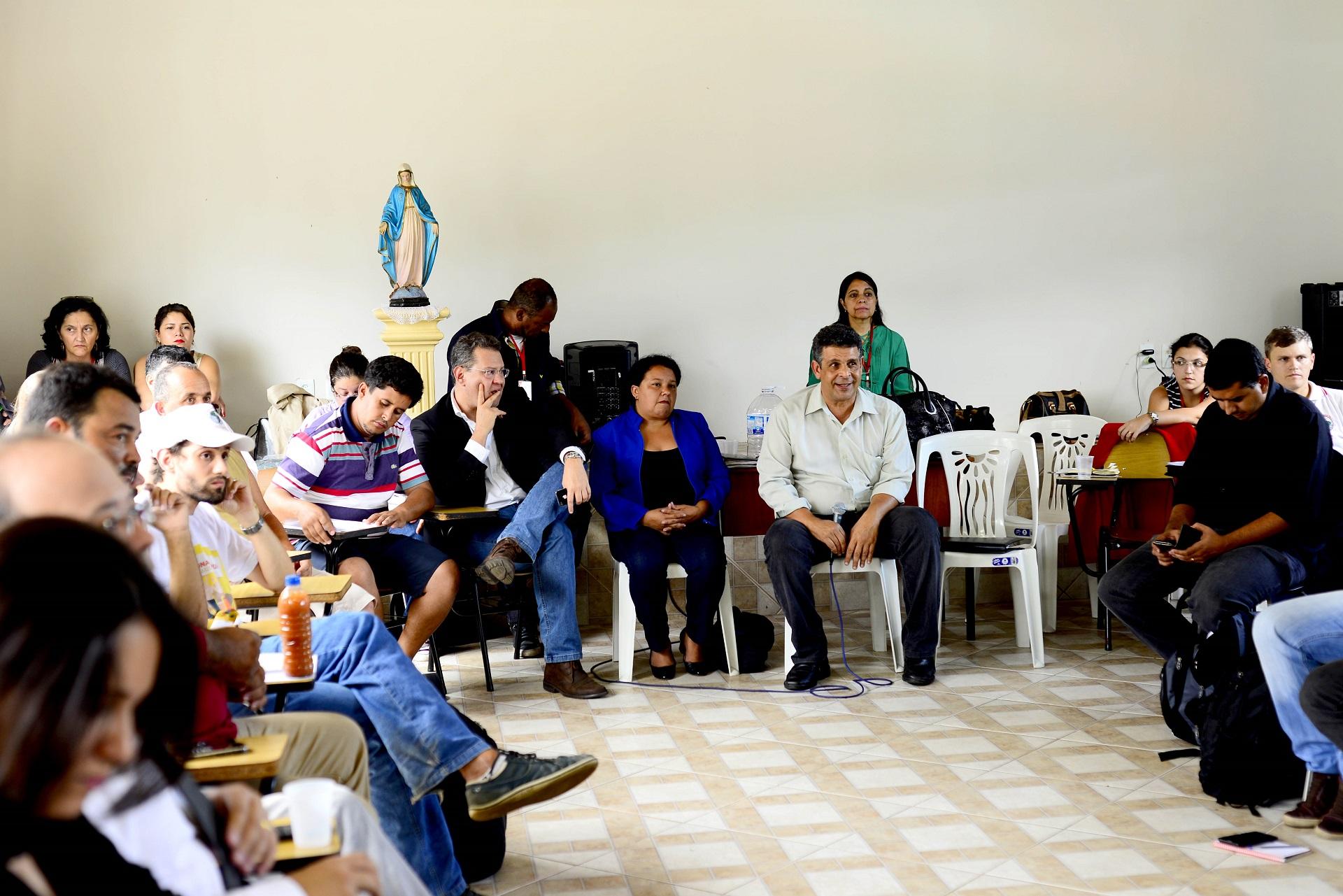 Estado instala Mesa de Diálogo em Mariana para mediar negociações com as populações atingidas