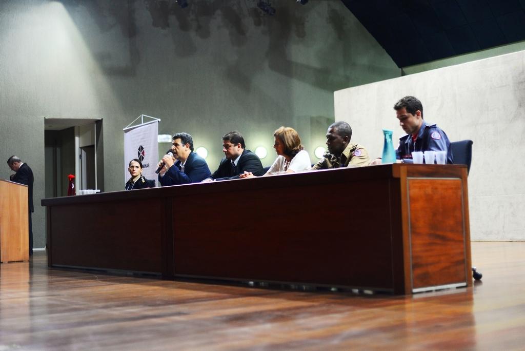 Diálogos e Desafios do Trabalho Social em  Empreendimentos Habitacionais